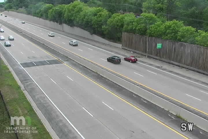 T.H.100 NB N of Duluth St