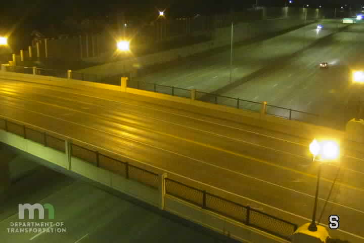 I-35W SB @ Diamond Lake Rd