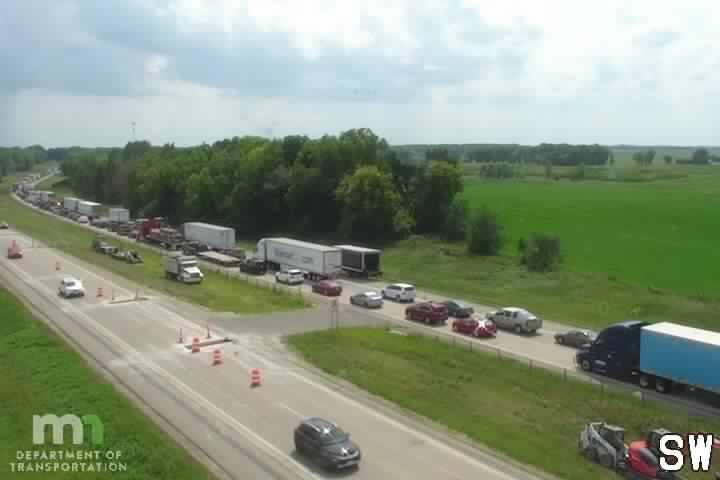 I-35 NB (64.00)
